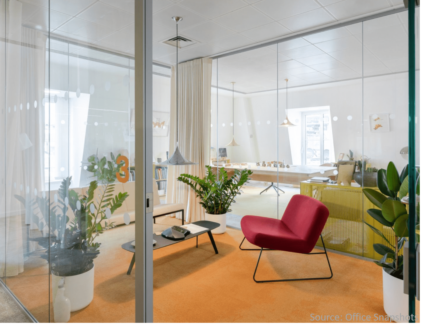 Collaberation-room-with-office-greenery